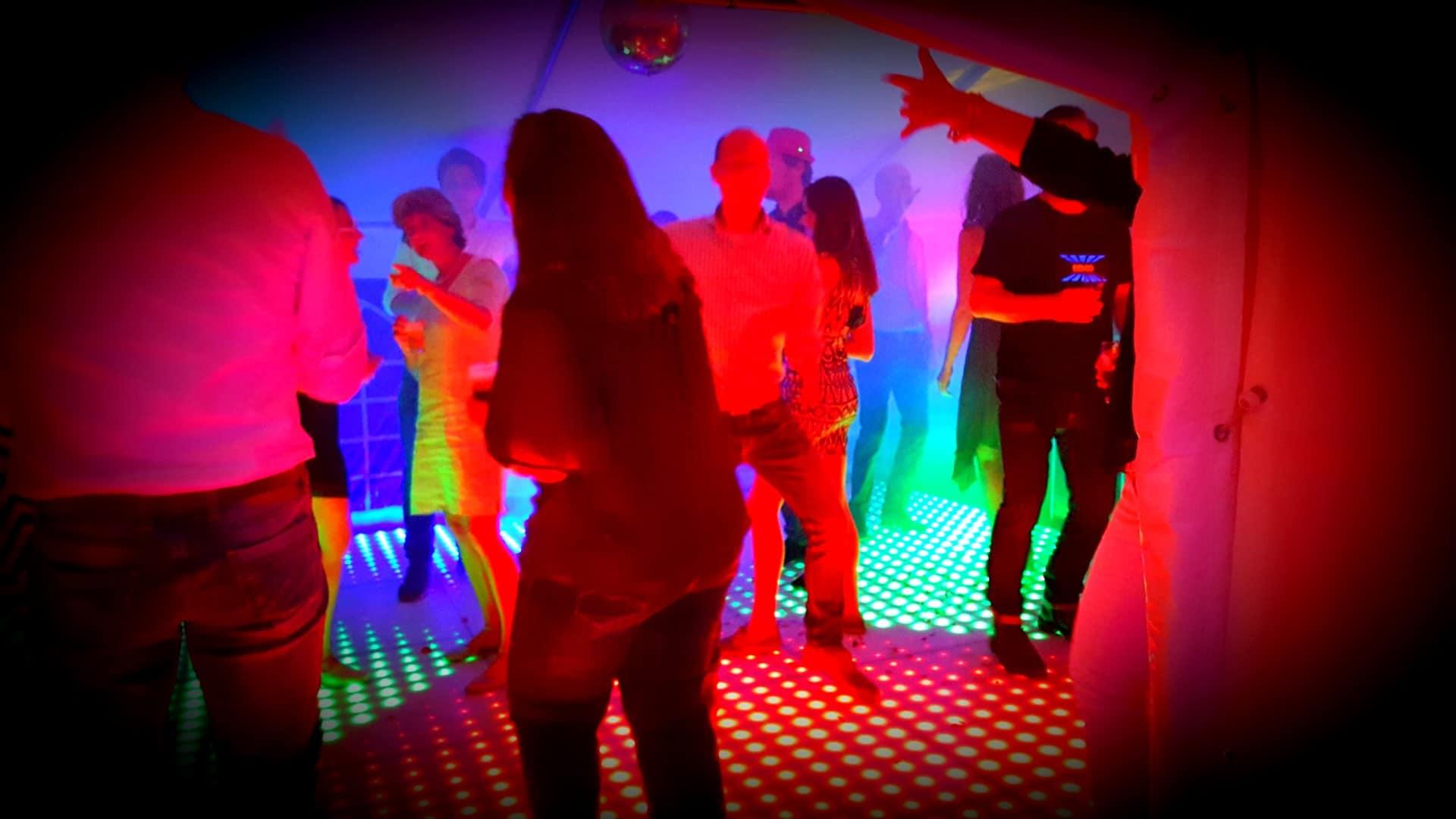 Verlichte dansvloer voor disco in Venlo