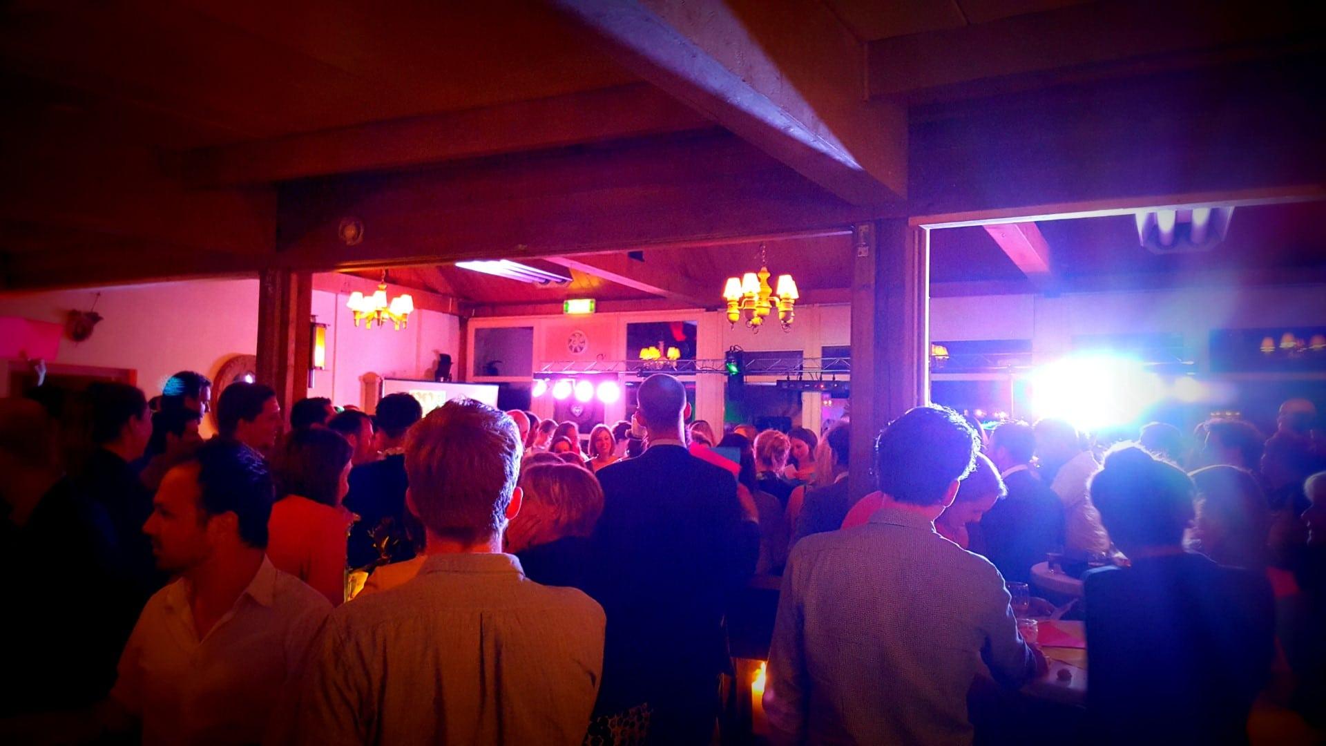 Feest Deejay voor party's en bedrijfsfeesten in Venlo limburg