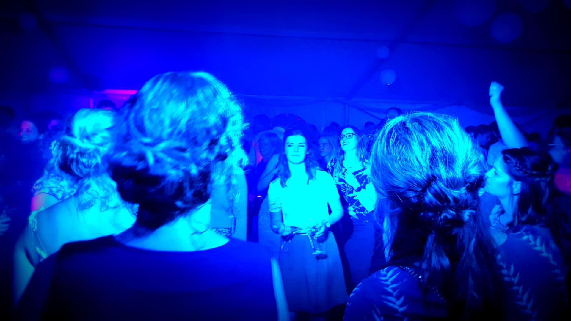 Velose Feest DJ's in Limburg voor feesten en disco's