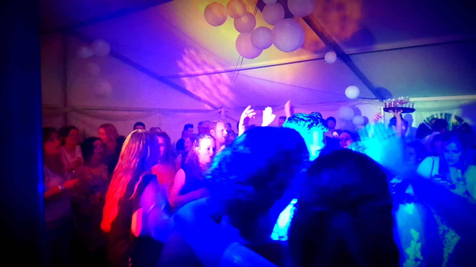 dj-feest-deejay-venlo-limburg-bedrijfsfeest-evenement (33)